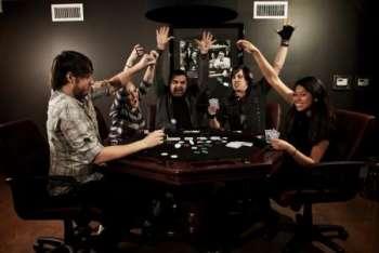 Покер-рум – правила выбора и последующей игры